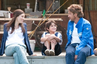 "Gerard Butler, Noah Lomax and Jessica Biel in ""Playing for Keeps"""