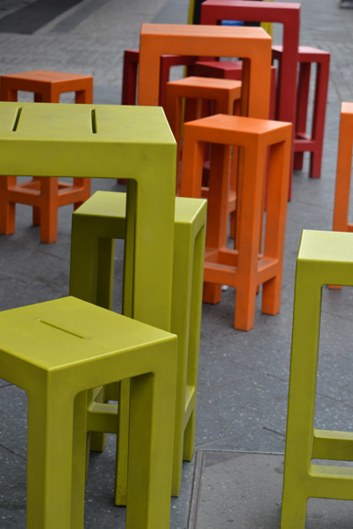even the chairs where square and colourful